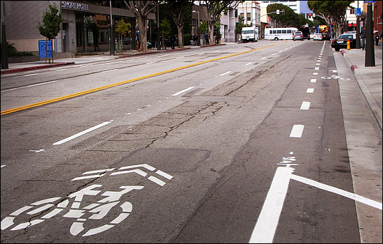 Santa Monica street with sharrows and a bike lane