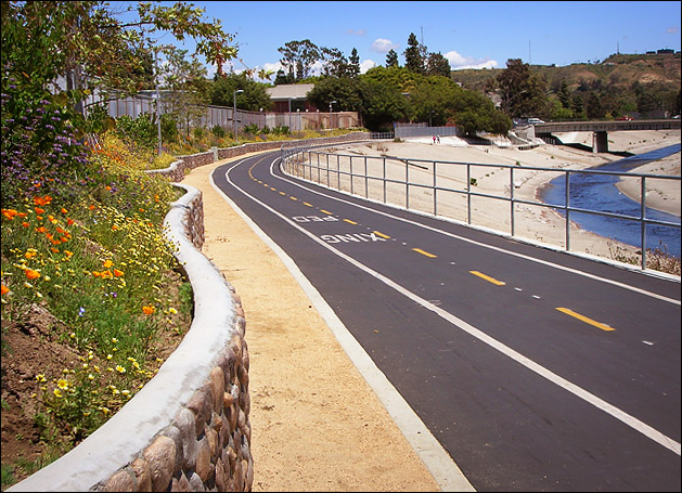 Bioswale alongside bike path, Culver City