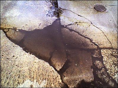 pothole (92k image)