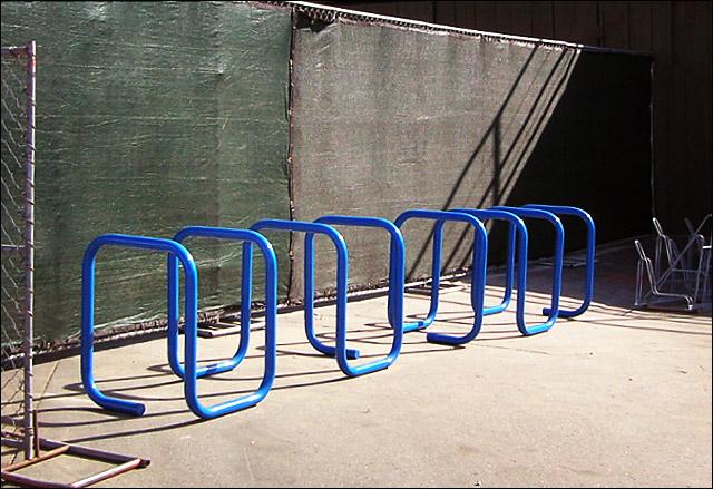 square_helix_bike_rack (145k image)