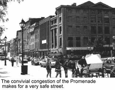 The convivial congestion of the promenade makes for a very safe street.